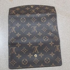 Louis Vuitton Bags - Louis Vuitton Clutch
